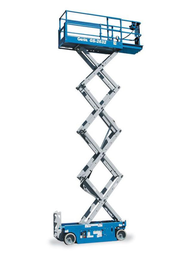 Where to find SCISSOR LIFT, 26  x 32 in Vancouver / Surrey